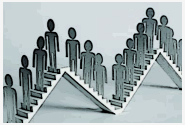 Audiência; Acomodação; Paridade; Defensor; Promotor; Advogado; Juiz;